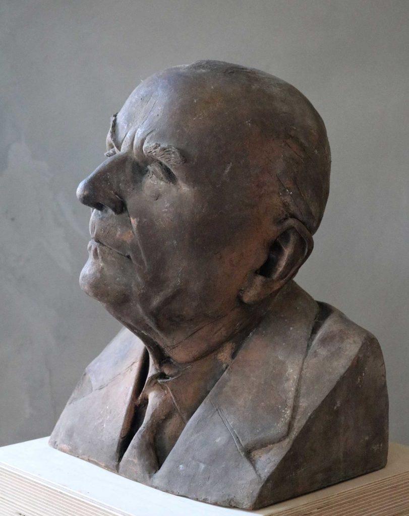 Dr. Otto Klein-Kühborth, Bronze, 37 x 27 x 24 cm