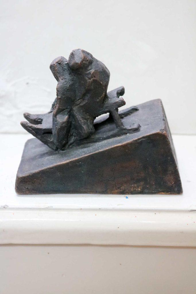 Schlittenfahrer, Bronze, 7,5 x 9,5 x 5 cm