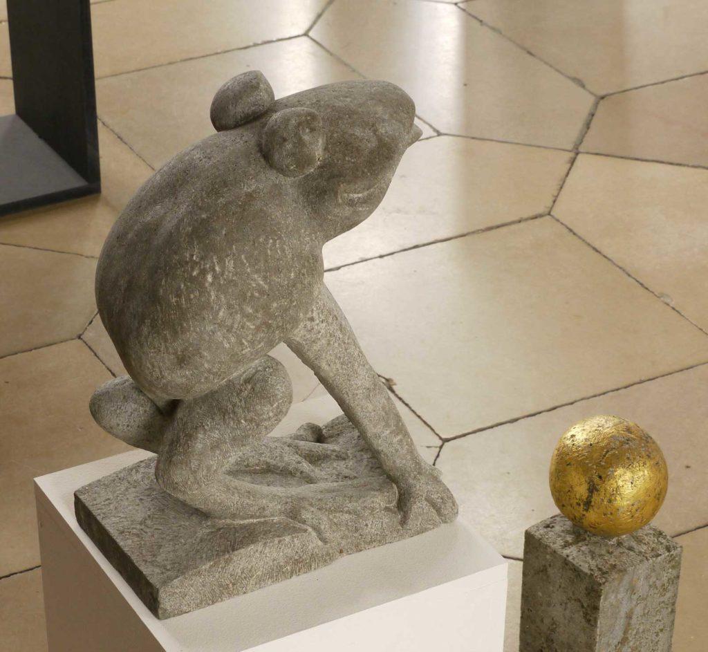 Froschkönig, Muschelkalk, 39,5 x 17 x 29 cm
